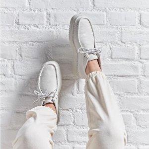 童鞋$19起 成人$29起Clarks官网 冬季大促 收超舒适的乐福鞋 高口碑不累脚