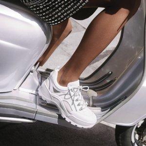 一律低于$100 收百搭小白鞋Michael Kors 今日精选美鞋特卖