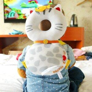 三个直邮含税到手$24/个Global I Mall 招财猫保护双肩包 完美贴合头部防止宝宝摔伤