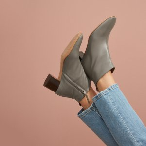 经典穆勒鞋、乐福鞋 收封面新色Everlane 精选美鞋上新热卖 舒适简约又好穿