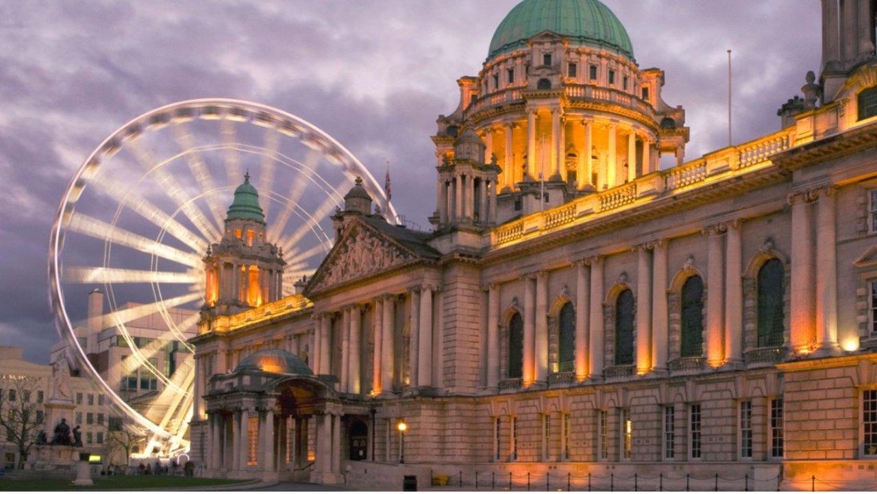 北爱尔兰贝尔法斯特旅游攻略 | 除了泰坦尼克号纪念馆,贝尔法斯特必打卡的景点有哪些?