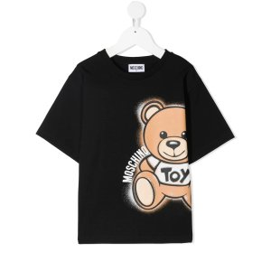 低至5折+部分用户返$60FARFETCH 儿童专场 Moschino小熊T恤$57,大童款成人可穿