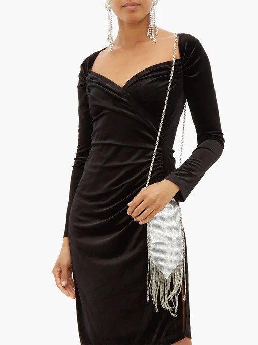 爱心领连衣裙