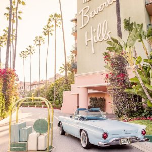 $254 RoundtripChicago - Los Angeles Labor Day Weekend Airfare