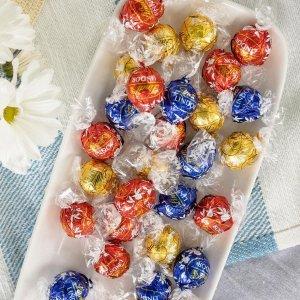 礼盒款7折 自选款150颗$36Lindt 牛奶巧克力系列、Lindor松露巧克力礼盒特卖