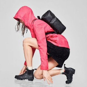 低至5折+免邮 雨靴$48起Hunter 雨季必备 $115收粉丝推荐显瘦长筒靴 时髦好看