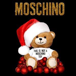 全场5折 €90收小熊T恤Moschino 打折季大促 收时尚软萌小熊T恤、卫衣