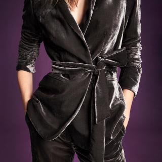 额外5折  丝绒上衣$8+Ann Taylor 官网折扣区服饰,美鞋配饰热卖
