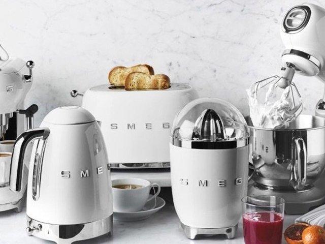 颜值担当!SMEG咖啡机