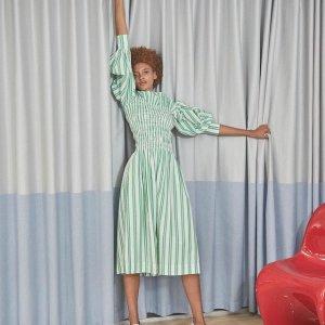 变相6.4折 断码快Ganni 娃娃领衬衣、碎花连衣裙 变身时尚甜酷女孩