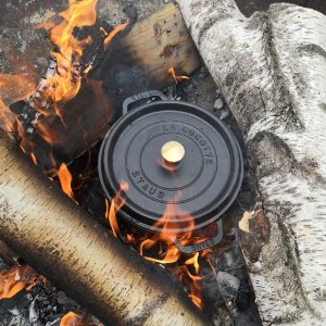 折后仅€89 同款官网€169STAUB 铸铁锅18cm 1.7L黑色 1-2人刚好 煮汤、炖肉、焖饭全能