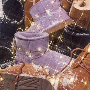 低至5折 £67收蝴蝶结豆豆鞋UGG官网 新年上新大促 经典款、大童款捡漏淘惊喜