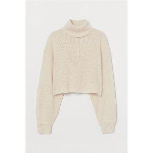 H&M新款也参加~短款高领毛衣