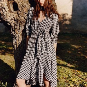 Up to 70% Off + Extra 20% OffThe Outnet Fashion Designers Sale