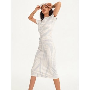 DKNY紧身连衣裙
