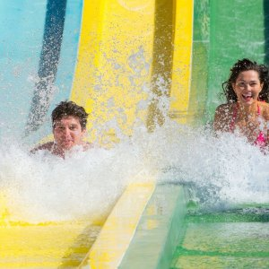 Only $39.99Aquatica Orlando Single Day Ticket + All Day Dining