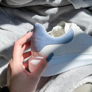全场8折 封面雾霾蓝补货24S 中秋大促来袭 Alexander McQueen小白鞋 颜色超全