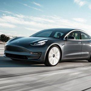 $199美元/月 约$250加元/月预告:Tesla 特斯拉自动驾驶按月付费 在美国正式启动 加拿大还会远吗?