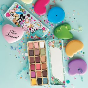 $49Limited Edition CLOVER EYE SHADOW PALETTE @ Too Faced