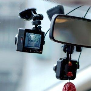 防碰瓷防敲诈的第一步<记录生活>行车记录仪安装及隐藏布线