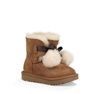 封面大童款$49.5 原价$140UGG Australia官网 童鞋Closet折扣区3.6折起限时热卖