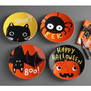Pottery Barn KidsHalloween Glow-in-the-Dark Plates