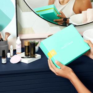 £13起一个月,每份订阅盒子价值超过£60Lookfantastic 订阅美妆惊喜盒子开启 每个月都能收到属于你的礼物