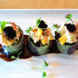 Jin's Asian Cuisine & Sushi Bar - 波士顿 - Wellesley