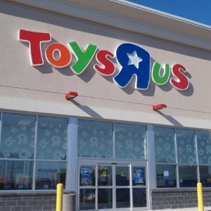 180 Stores Will Be Closing@ ToysRUs