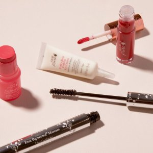 Up to 70% Off100PercentPure Semi-Annul Cosmetics Sale