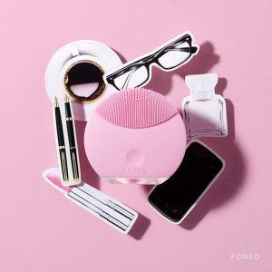 10% offthe Foreo Luna @ SkinStore.com