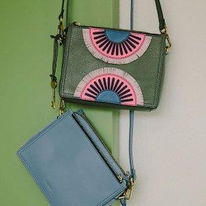 Up to 40% Off+Extra 30% Off Select Fossil Handbags @ macys.com