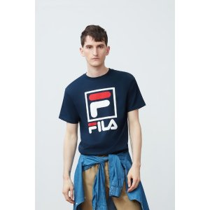 Filastacked tee shirt