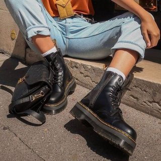 Dr. Martens unisex-adult 1460 Originals 8 Eye Lace Up Boot