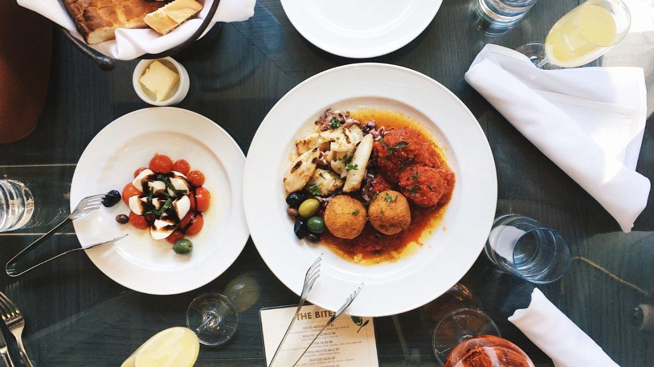 巴黎米其林餐厅外卖盘点   在家里也能吃上米其林大餐了!