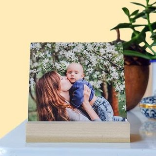 $18.99 valueGet free personalaized metal tabletop photo gift