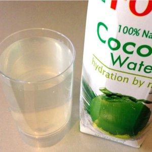 最后10件  直饮或做椰子鸡汤均可FOCO 100%天然纯净椰子水 1Lx3瓶 仅售€22.74+包邮