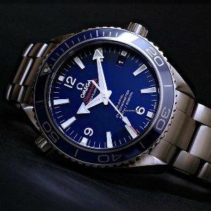 $4195 (原价$8600) 国内公价¥ 63900OMEGA Seamaster Planet Ocean系列超轻钛合金机械奢华男表