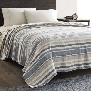 $22.39Eddie Bauer 100% Cotton Blanket