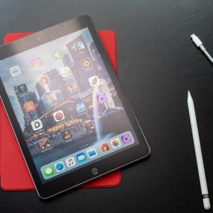 32GB仅$249/ 128GB $3292018新款iPad 9.7吋 第六代 WiFi版 支持Apple Pencil