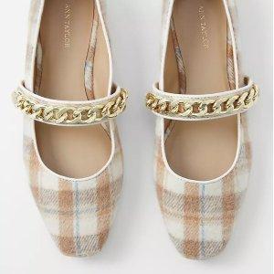 一律6折 封面玛丽珍鞋$82Ann Taylor 全场秋季美鞋热卖 毛毛平底鞋$76 切尔西靴$118