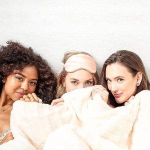 全场8折+满额送好礼Slipsilk 眼罩枕套热卖 帮你有个粉红色的好梦