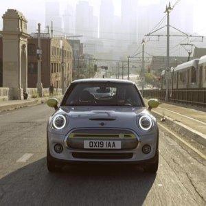 返现后最低仅需$17,900完美的通勤车 电动MINI Cooper SE 售价公布