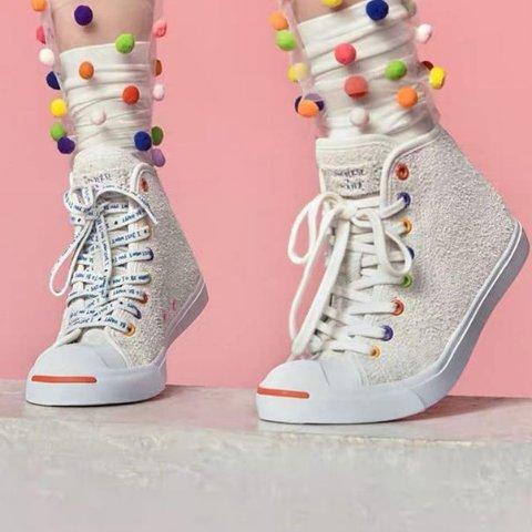 7.6折起 欧阳娜娜联名款£90Converse Jack Purcell系列热卖中 必备经典开口笑时尚帆布鞋
