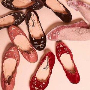 8折 £260收经典猫咪鞋11.11独家:Charlotte Olympia 精选美包美鞋折扣热卖