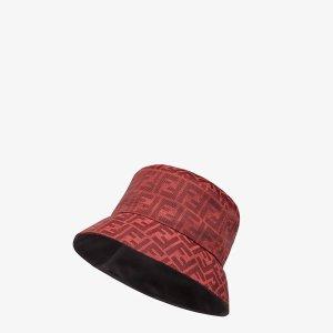 Fendi新年限定款渔夫帽