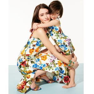 至高减$200 变相7.5折Neiman Marcus 儿童服饰 鞋履促销,封面D&G连衣裙直减$100