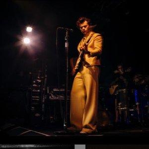 4.22~23伦敦站 4.25曼城站Harry Styles 哈卷世界巡回演唱会 英国五城开唱