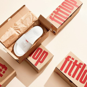 全场8.5折 €29收超舒适拖鞋独家:Fitflop 夏季大促 爆火行走塑身鞋 时尚保健兼备 风靡亚洲