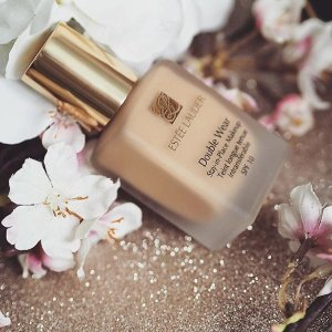 Free GiftWith Estee Lauder Makeup Purchase @ Nordstrom